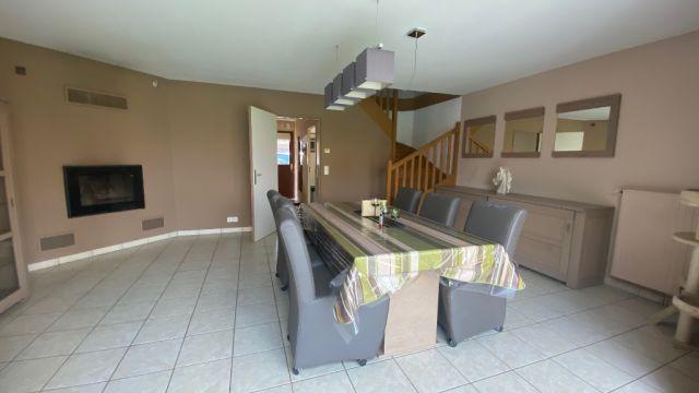 Maison de lotissement semi-individuelle - jardin - garage / n° 5985