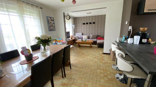 Maison individuelle sur 750m² de terrain avec sous-sol / n° 6034