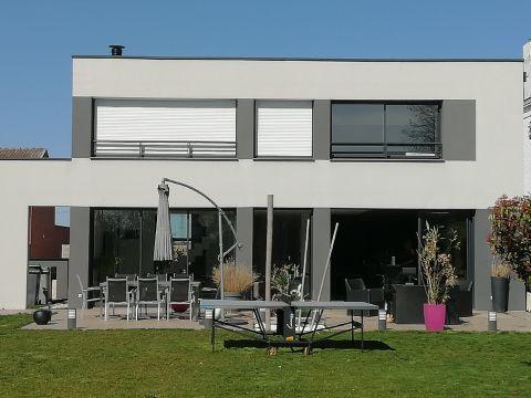 Maison individuelle récente à Santes 6 pièces 260 m2 / n°5814