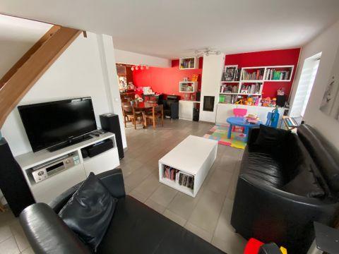 Maison individuelle rénovée 105m² à Santes 3 chambres bureau / n°6101
