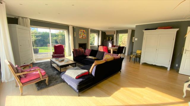 Maison  individuelle 4 chambres +bureau - jardin - garage / n° 6164